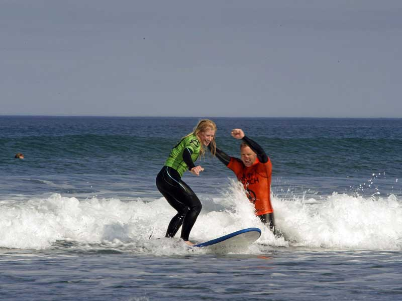 Surfing-Outdoor-Adventure