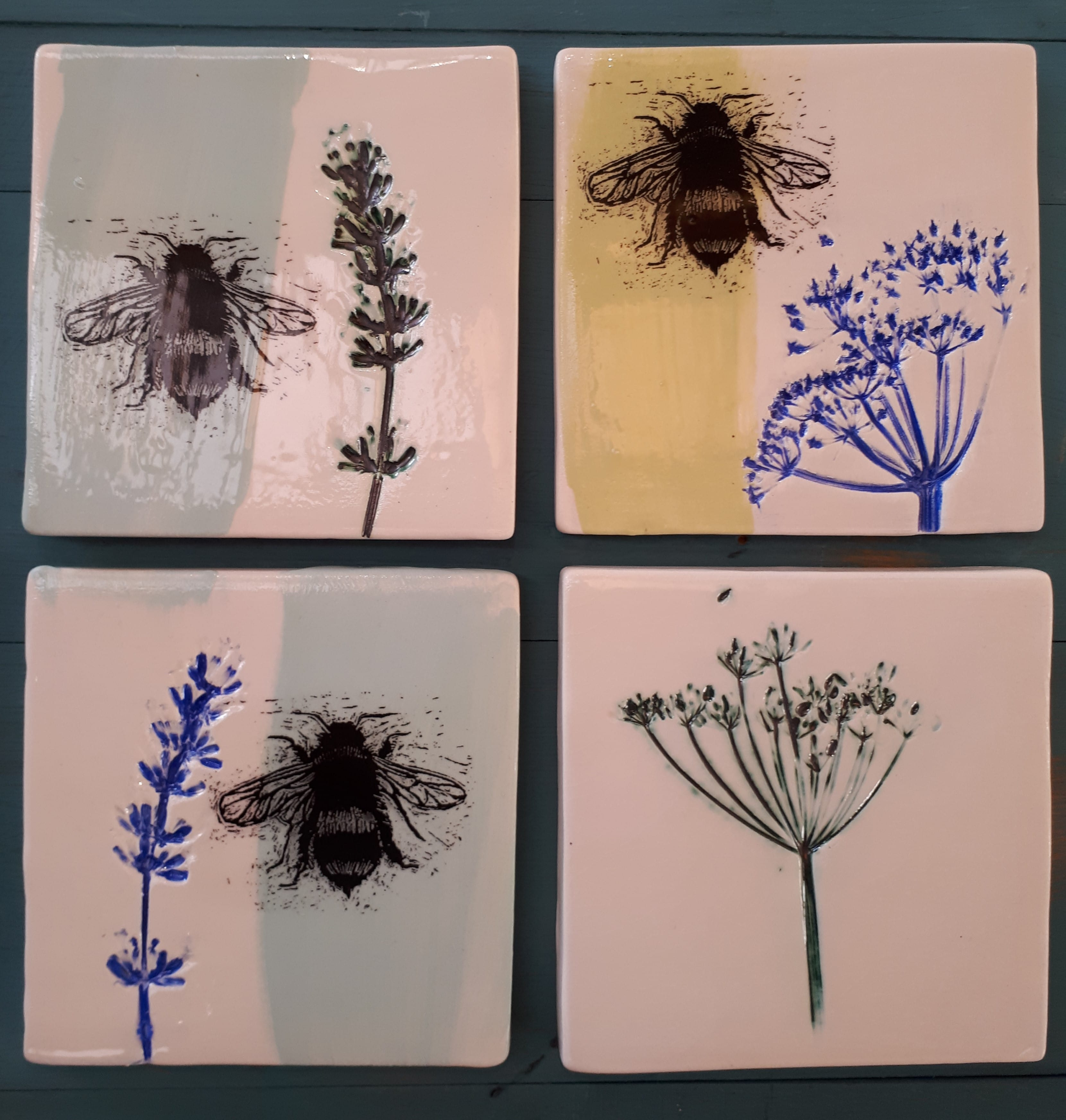 Welcombe pottery - Bee + flower tiles 2018
